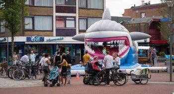 Luchtkussenfestival in het centrum van Den Helder