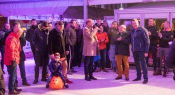 IJsbaan Beatrixstraat officieel geopend