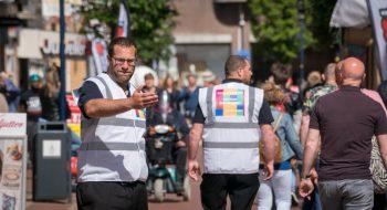 Binnenstad gidsen heten publiek welkom