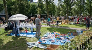 Kinderrommelmarkt en kofferbakmarkt in Stadspark